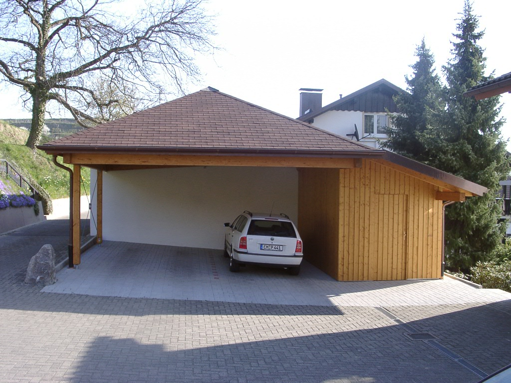 moobie holzbau mehr carport mit schuppen. Black Bedroom Furniture Sets. Home Design Ideas